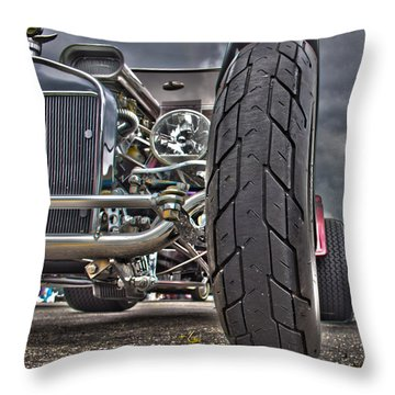 Ford In Hdr Throw Pillow