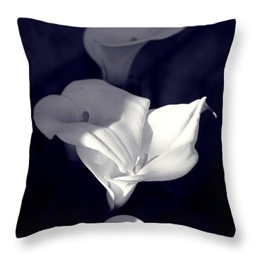 Four Calla Lilies In Shade Throw Pillow
