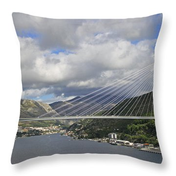 Franjo Tudman Bridge Throw Pillow