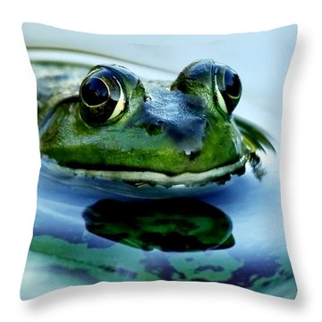 Green Frog I Only Have Eyes For You Throw Pillow by Carol F Austin