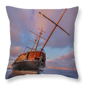 Mast Throw Pillows