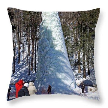 Spectacular Ice Fountain In Letchworth State Park - 3 Throw Pillow