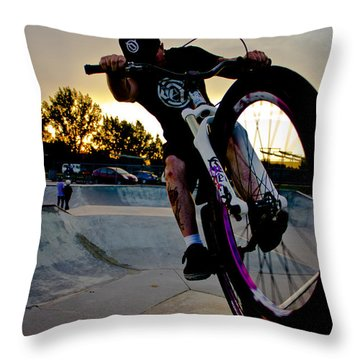 Fumanchue Throw Pillow