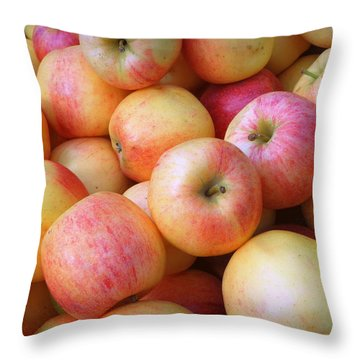 Throw Pillow featuring the photograph Gala Apples by Joseph Skompski