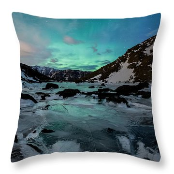 Gale-force Aurora V Throw Pillow
