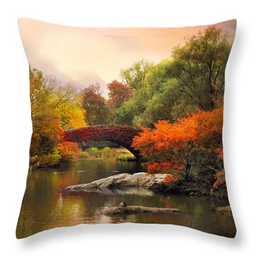 Gapstow At Twilight Throw Pillow