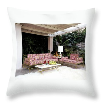 Garden-guest Room At The Chimneys Throw Pillow