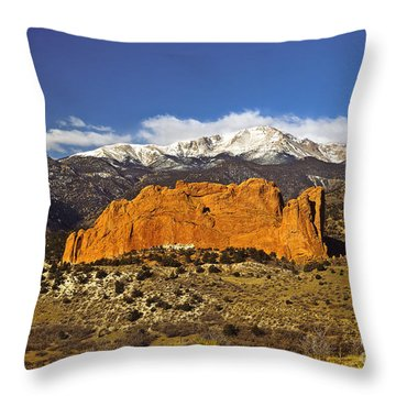 Garden Of The Gods - Colorado Springs Throw Pillow