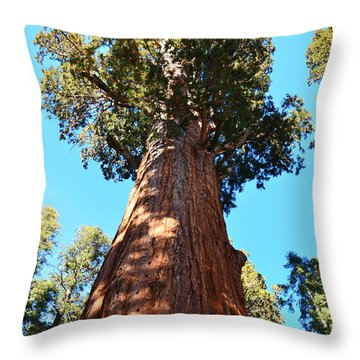 General Sherman Tree, Sequoia National Park, California Throw Pillow