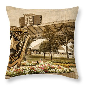 Gig'em Throw Pillow by Dave Files