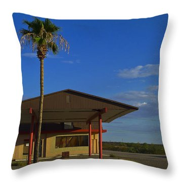 Gila 520208 Throw Pillow by Skip Hunt