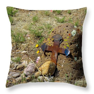 Gila Grave Throw Pillow by Feva  Fotos
