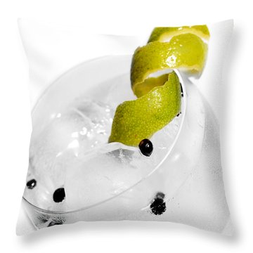 Gintonic Detail Throw Pillow