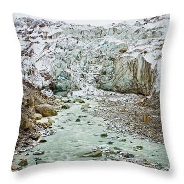 Glacier And River In Mountain Throw Pillow