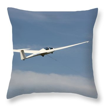 Glider In The Sky Throw Pillow