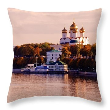 Golden Hour. Yaroslavl. Russia Throw Pillow