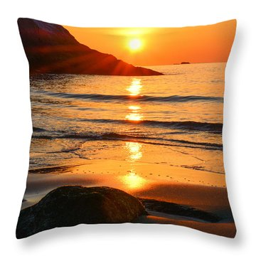 Golden Morning Singing Beach Throw Pillow