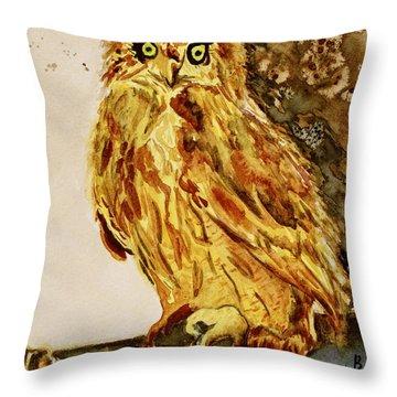 Goldene Bier Eule Throw Pillow by Beverley Harper Tinsley