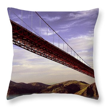 Goldengate Bridge San Francisco Throw Pillow