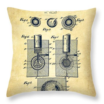 Golf Ball Patent Drawing From 1902 - Vintage Throw Pillow