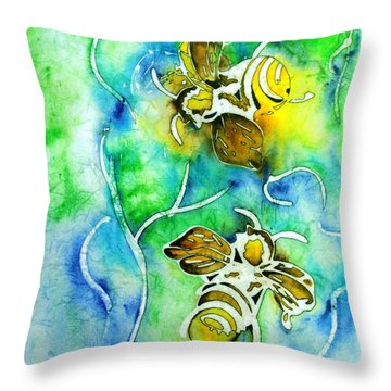 Good Day To Be A Bee Throw Pillow by Pat Purdy