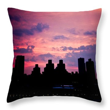 Throw Pillow featuring the photograph Good Morning New York by Sara Frank