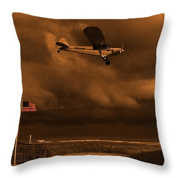 Good Night Wildwood Beach Throw Pillow