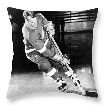 Gordie Howe Skating With The Puck Throw Pillow