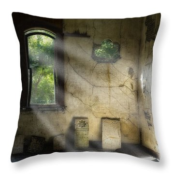 Gospel Center Church Interior Throw Pillow