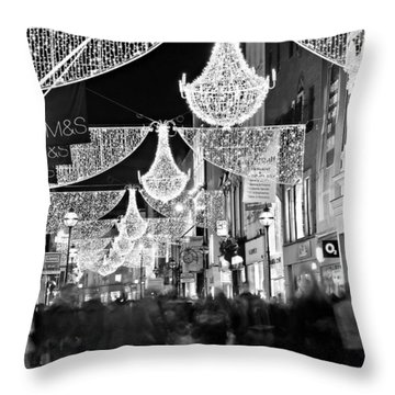 Grafton Street At Christmas / Dublin Throw Pillow