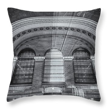 Grand Central Station Bw Throw Pillow by Susan Candelario
