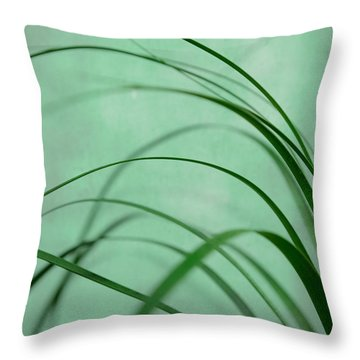 Grass Impression Throw Pillow