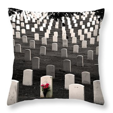 Graves At Arlington National Cemetery Throw Pillow