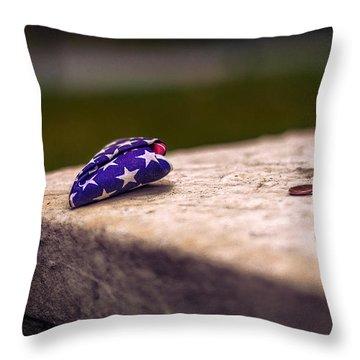 Gravesite Of Paul Revere Throw Pillow