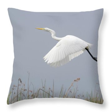 Great Egret Ardea Alba In Flight Throw Pillow