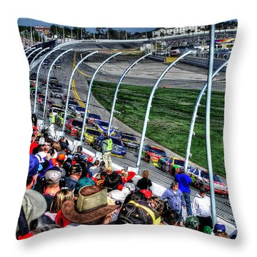 Green Flag 2010 Daytona 500 Throw Pillow