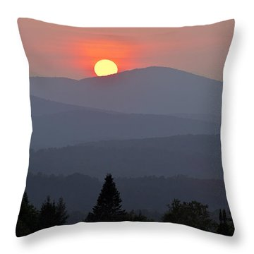 Green Mountain Sunset Throw Pillow by Alan L Graham