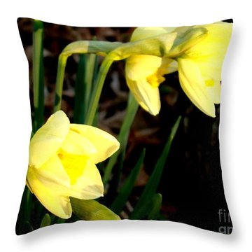 Greeting The Morning Sun Throw Pillow by Leea Baltes