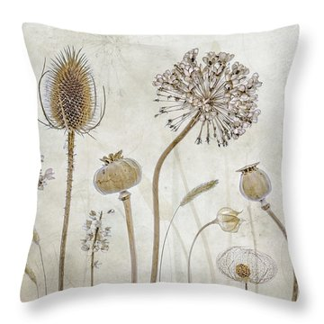 Botanic Throw Pillows