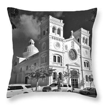 Guayama Church And Plaza B W 1 Throw Pillow