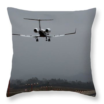 Gulfstream Approach Throw Pillow