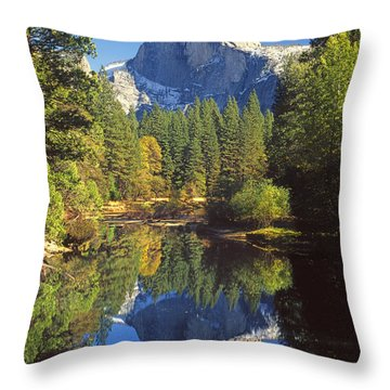 2m6709-half Dome Reflect - V Throw Pillow