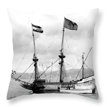 Half Moon Re-entered Hudson River After An Absence Of 300 Years In Black And White Throw Pillow