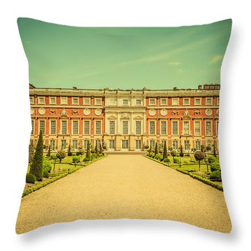 Hampton Court Palace Gardens As Seen From The Knot Garden Throw Pillow