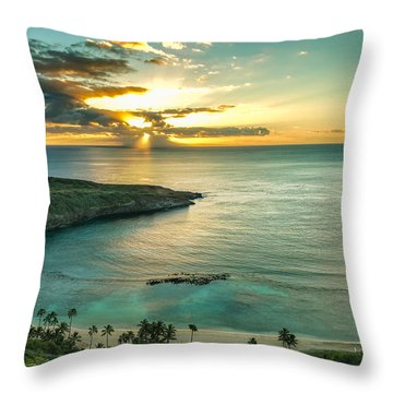 Hanauma Bay 1 Throw Pillow by Leigh Anne Meeks