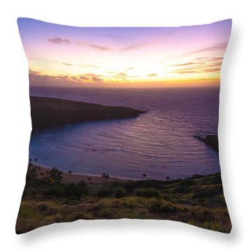 Hanuama Crater Rim Sunrise Throw Pillow
