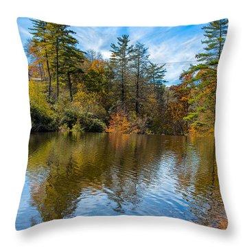 Harris Lake In Autumn Throw Pillow