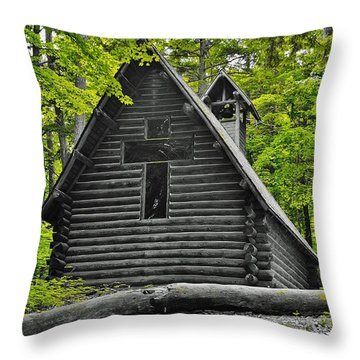Hartwick Pines Chapel Bwg Throw Pillow