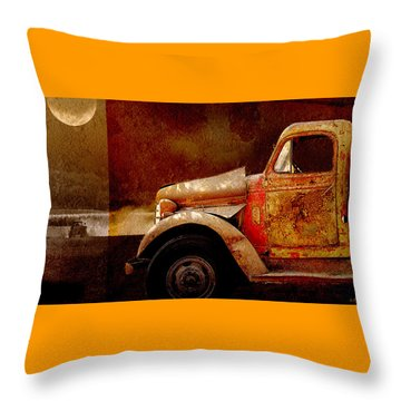 Throw Pillow featuring the photograph Harvest Moon by Holly Kempe