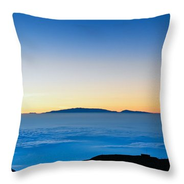 Throw Pillow featuring the photograph Hawaii Sunset by Jim Thompson
